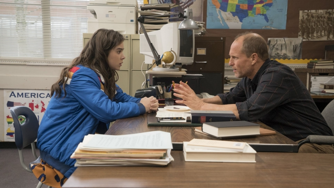 watch the edge of seventeen online free